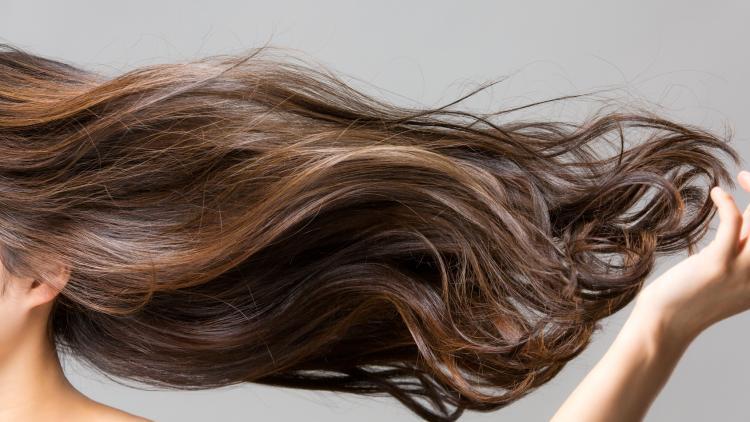 cheveux-normaux-et-delicats-vrai-faux