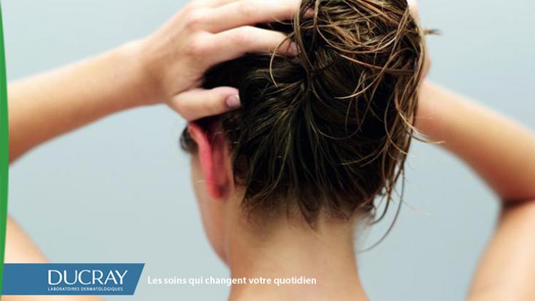 photo-article-peut-on-laver-ses-cheveux-sans-les-dessécher-600x250