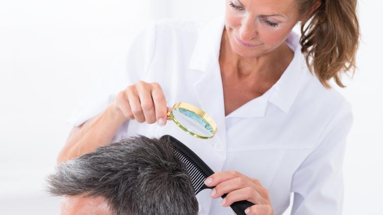Qual è l'origine del cuoio capelluto sensibile? | Ducray