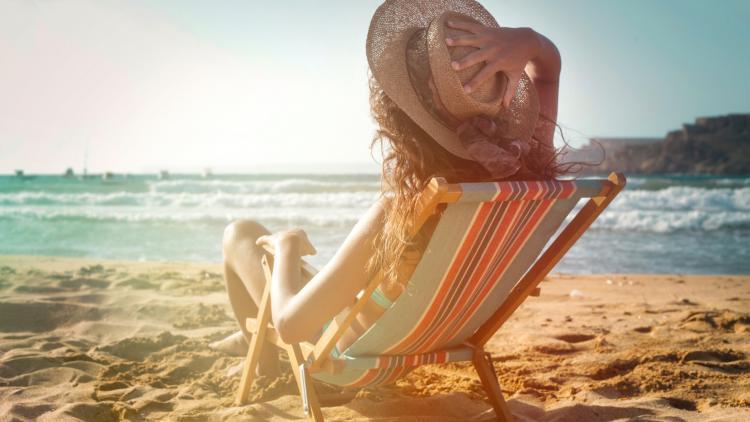 Proteggere la pelle per evitare le macchie brune   Ducray